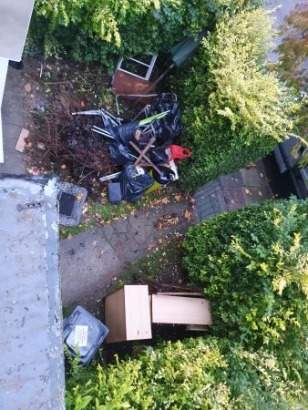 Rubbish clearance/man and van service-slide-1