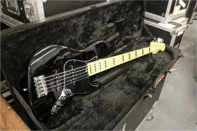 Fender USA Jazz Bass Deluxe 5 String-slide-1