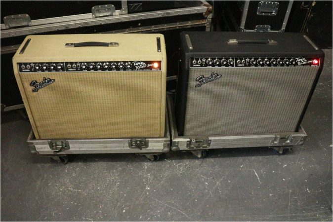 Fender Twin Reverb 65 RI 2×12 Combo-slide-1
