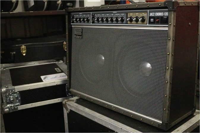 Roland JC120 2×12 Combo-slide-1