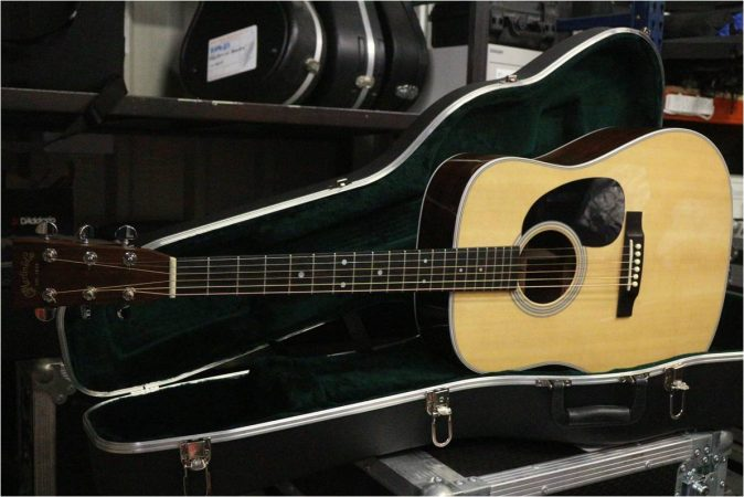 Martin D18 Acoustic w/Fishman Goldline Pick up-slide-1