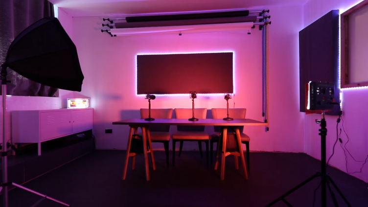 Outset Studio – Podcast Studio in Wimbledon-slide-3