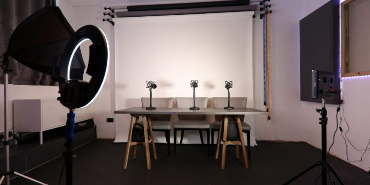 Outset Studio – Podcast Studio in Wimbledon-slide-4