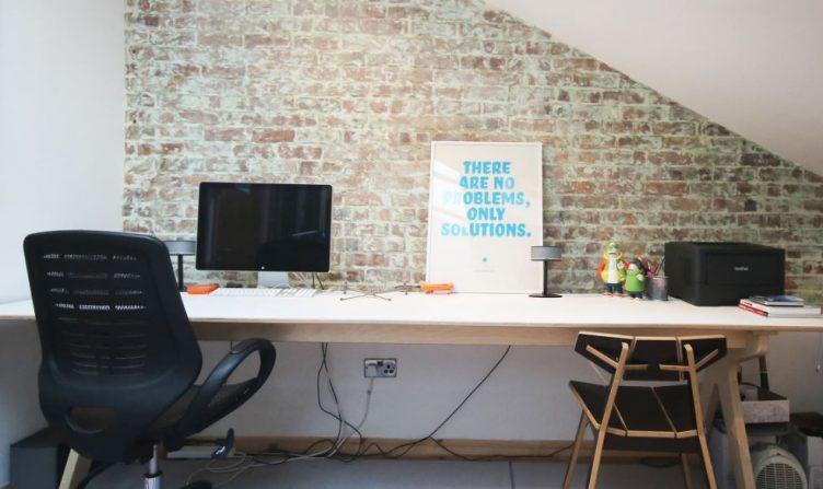 Desk space for hire – Wimbledon-slide-1