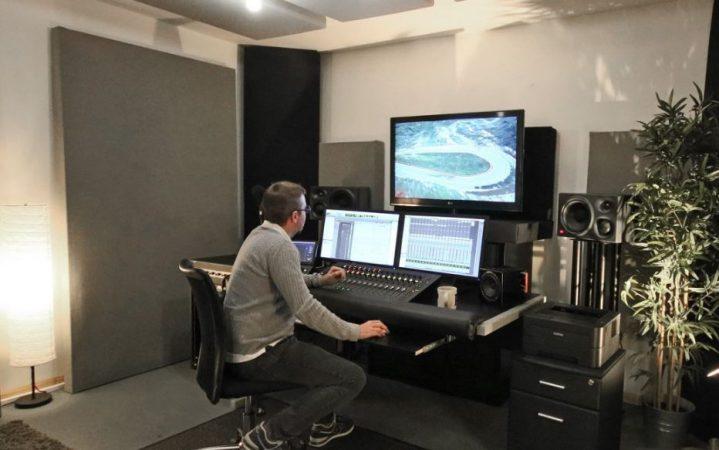 Studio Room for Hire -Wimbledon-slide-1