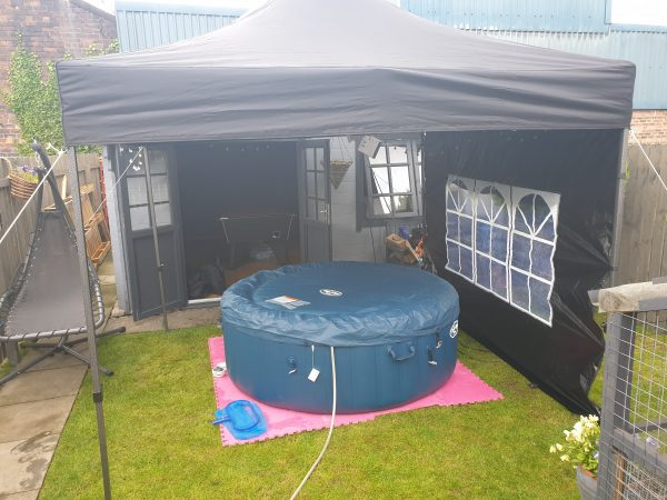 Hot tub hire-slide-1