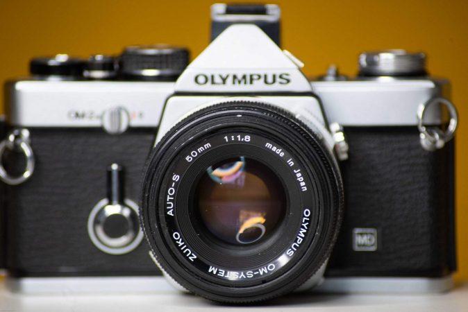Vintage Hire – Olympus OM-2n 35mm Film Camera with Film-slide-2