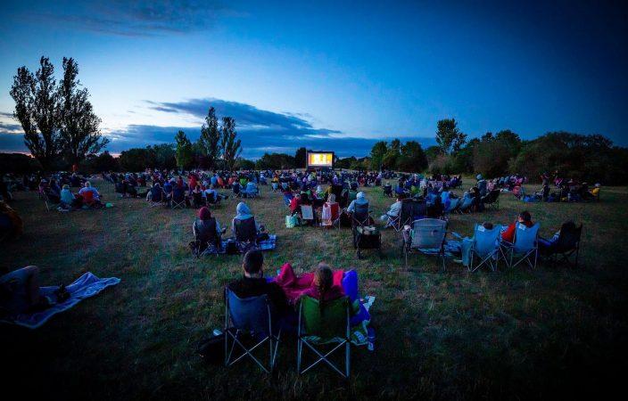 Mobile Cinema Package – 200 People-slide-2