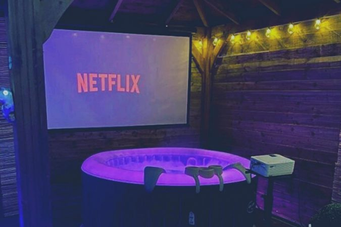 Home Cinema & Hot Tub for Hire-slide-1