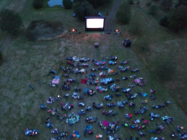 Outdoor Mobile Cinema – Up to 2500 People-slide-1